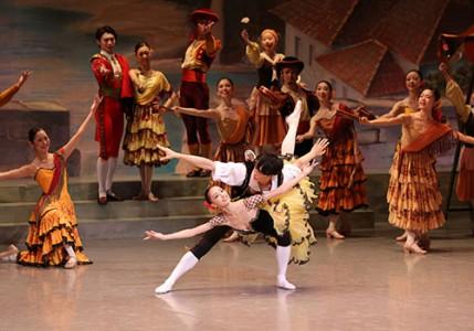 東京バレエ団 子どものためのバレエ 「ドン・キホーテの夢」