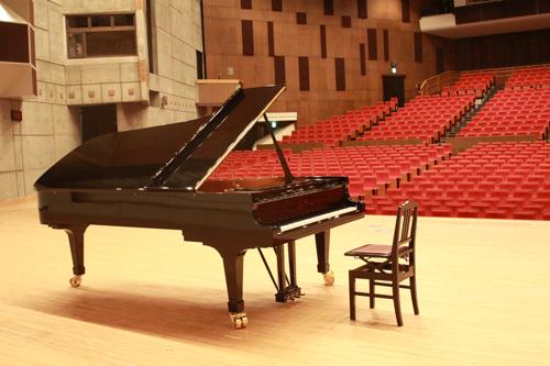 2020夏休み企画<BR>春日井市民会館 スタインウェイピアノ開放します!