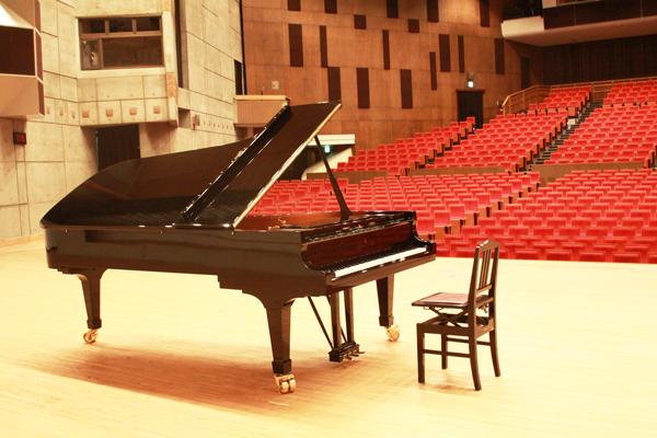 2021夏休み企画<BR>春日井市民会館 スタインウェイピアノ開放します!<BR><font color=red>申込締切2021年7月18日(日)必着</font>